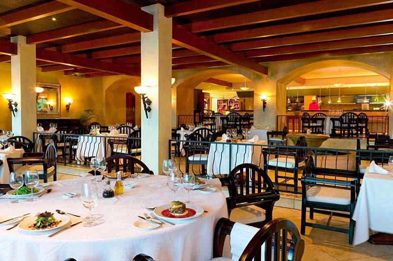 Pappagallo Italian Restaurant at Warwick